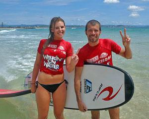 surfing-learn-to-surf-group-lesson-coolangatta-beach-gold-coast_large
